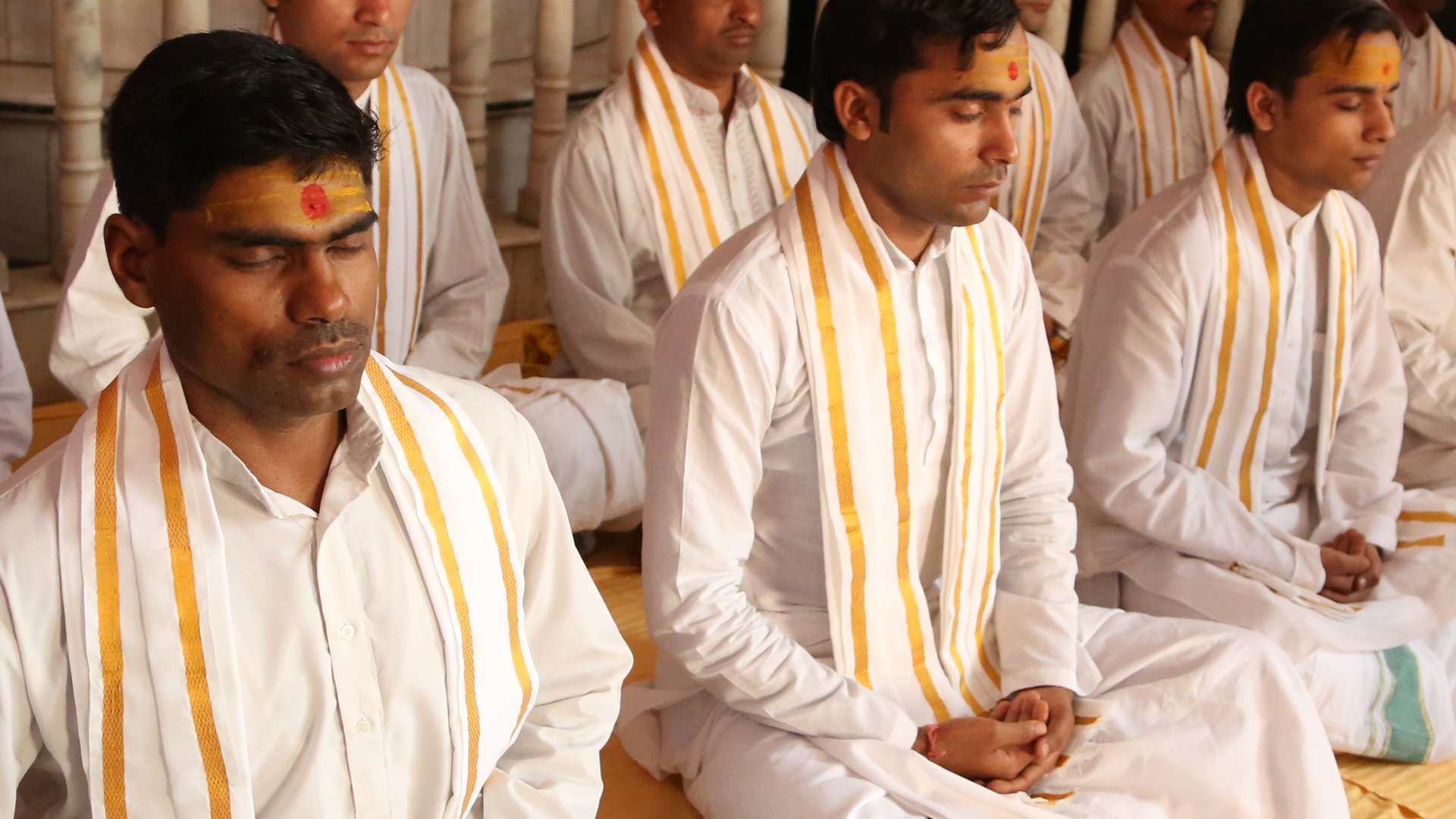 Vedic Pandits of World of Yagyas - Vedic Yagya International